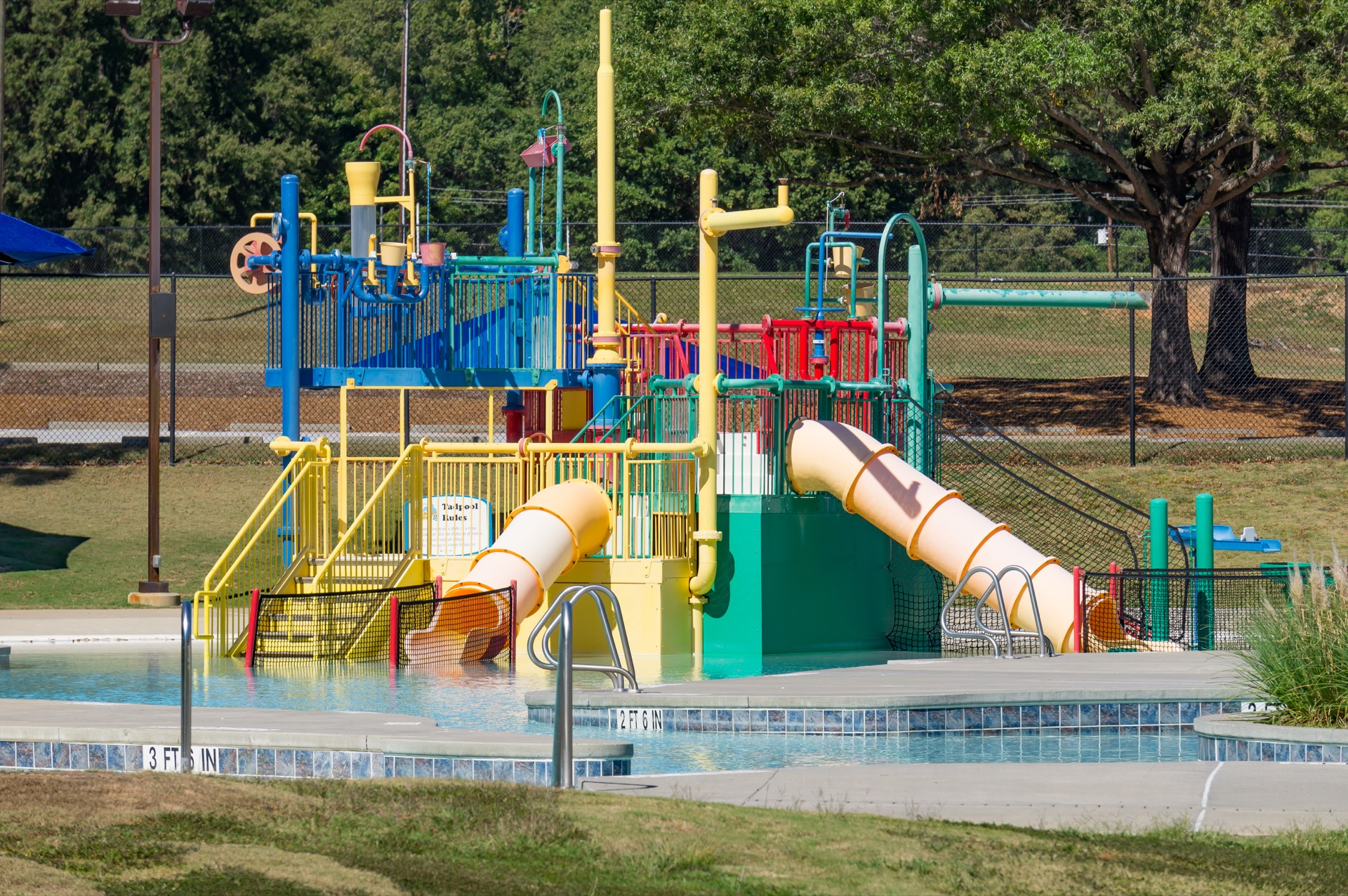 discovery island water park playground