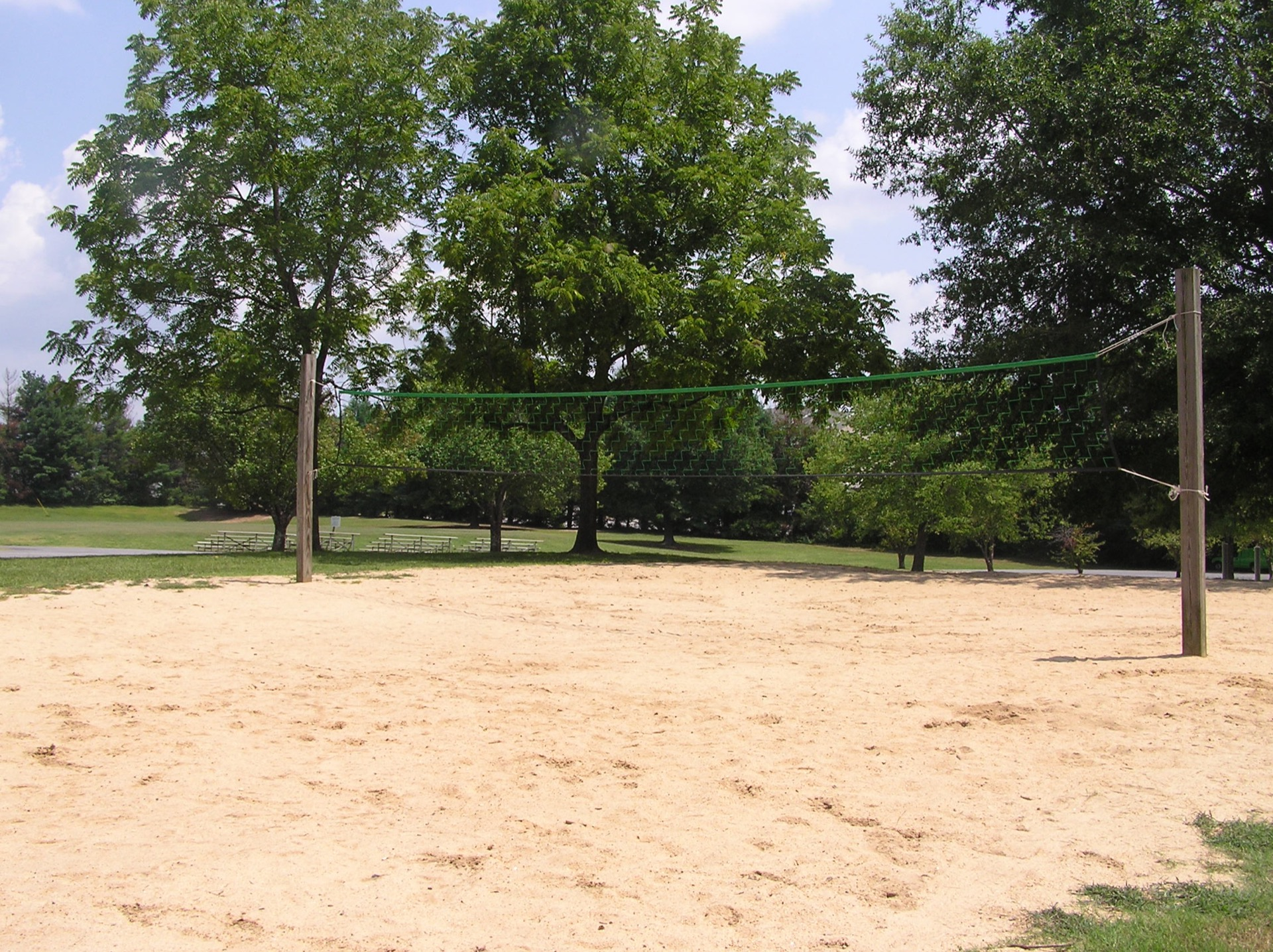 east riverside volleyball court